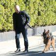 Exclusif - Prix Spécial - Sandra Bullock a fait construire un mur pour se protéger, a installé des caméras et a adopté un berger allemand depuis qu'elle a retrouvé un stalker (harceleur) chez elle à Los Angeles, le 31 décembre 2014.
