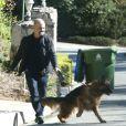 Exclusif - Prix Spécial - Sandra Bullock a fait construire un mur pour se protéger, a installé des caméras et a adopté un berger allemand depuis qu'elle a retrouvé un stalker (harceleur) chez elle à Los Angeles, le 31 décembre 2014