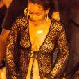 Exclusif - La chanteuse Rihanna se rend à une soirée sur un yacht à Saint-Barthélémy, le 29 décembre 2014.