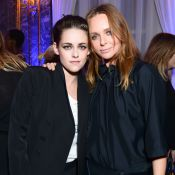 Kristen Stewart : Tomboy chic en costume pour applaudir Stella McCartney