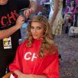 Camille Cerf en pleine séance coiffure. Election Miss Univers à Miami. Janvier 2015.