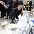 """Bill de Blasio - Bill de Blasio, le maire de New York, est allé se recueillir devant le supermarché """"Hyper Cacher"""" porte de Vincennes, où a eu lieu la prise d'otages à la suite de l'attentat de Charlie le 9 janvier. Paris, le 20 janvier 2015"""