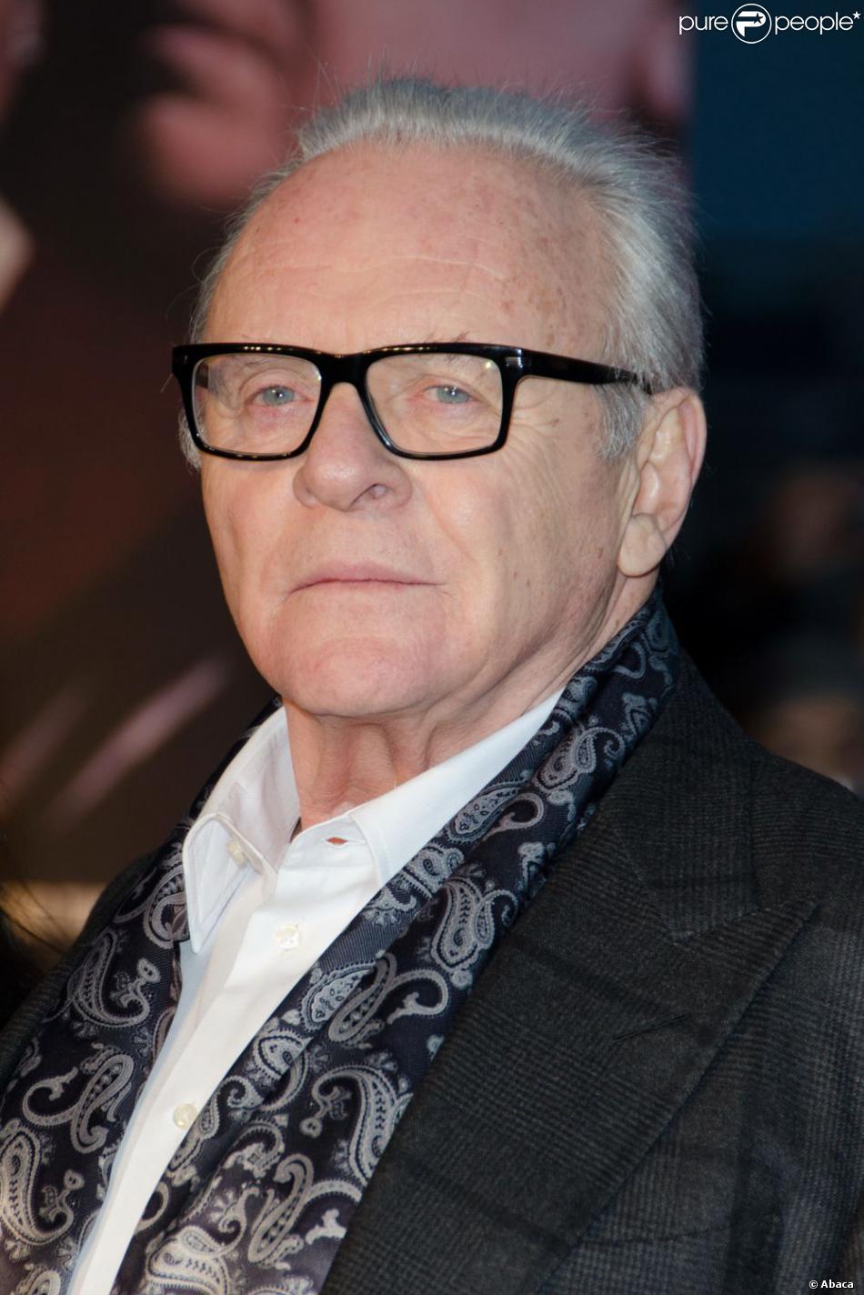 Sir Anthony Hopkins lors de l'avant-première du film Hitchcock le 9 décembre 2012