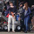 """Jamie Dornan et Dakota Johnson sont sur le tournage du film """"Fifty Shades Of Grey"""" à Vancouver, le 14 octobre 2014. Ils retournent certaines scènes, sous les conseils de la réalisatrice Sam Taylor-Johnson."""