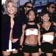 """Rozonda """"Chilli"""" Thomas, Lisa """"Left Eye"""" Lopes et Rozonda """"Chilli"""" Thomas des TLC lors des Grammy Awards àLos Angeles le 24 février 2000"""