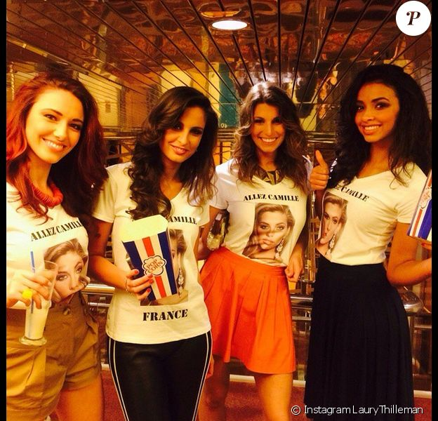Delphine Wespiser, Malika Ménard, Laury Thilleman et Flora Coquerel réunies pour soutenir Camille Cerf au concours Miss Univers, le 26 janvier 2015.