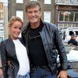"""David Hasselhoff et Hayley Roberts pour l'Etape du rallye """"Gumball"""" au square Golden à Londres. Le 9 juin 2014"""