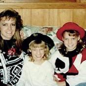 Jessica Simpson : L'époque où sa maman ressemblait à Britney Spears !