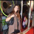 Elisa Tovati ne peut plus cacher sa grossesse...