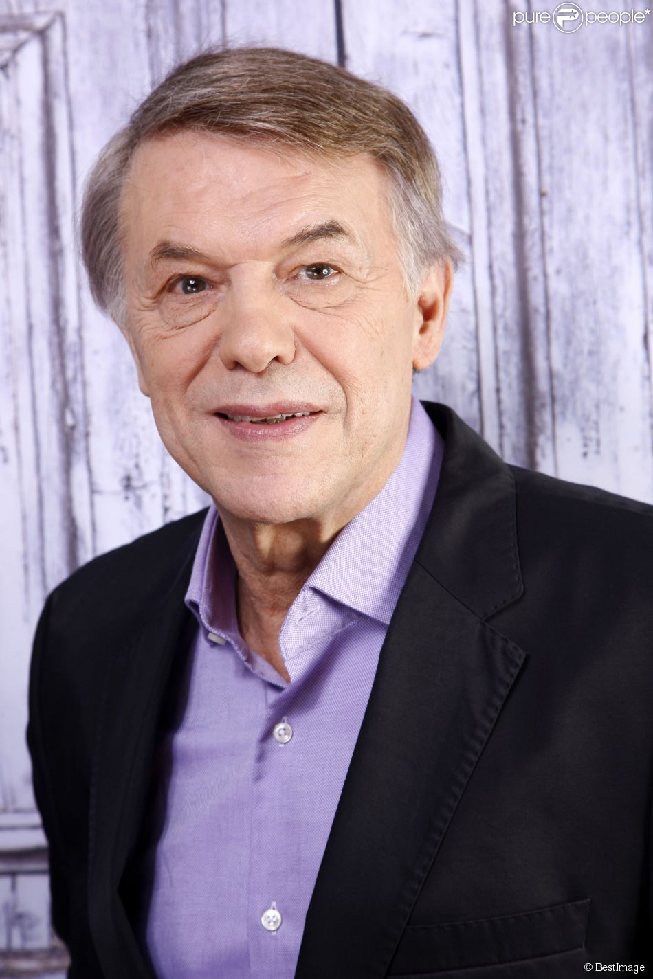 Portrait de Salvatore Adamo à Paris, le 20 novembre 2014.