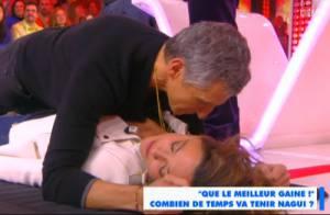 TPMP : Nagui obligé de s'allonger sur Sandrine Quétier... Moment de gêne !