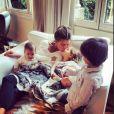 Claudia Galanti et son ex-compagnon Arnaud Mimran ont été confrontés à la mort de leur fille Indila, leur troisième enfant, dans la nuit du 2 au 3 décembre 2014... Dans cette photo Instagram, un des moments de bonheur passés avec Indila, Tal et Liam...
