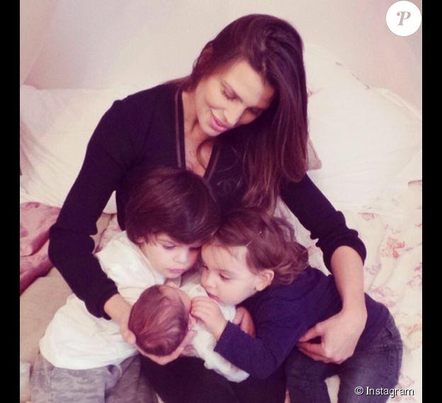 Tal et Liam étaient prêts à s'occuper de leur petite soeur... Claudia Galanti et son ex-compagnon Arnaud Mimran ont été confrontés à la mort de leur fille Indila, leur troisième enfant, dans la nuit du 2 au 3 décembre 2014... Photo Instagram.