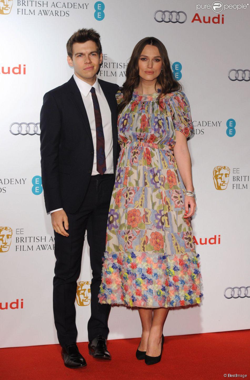 Keira Knightley (enceinte) et son mari James Righton - Soirée des nommés aux BAFTA à Londres le 7 février 2015