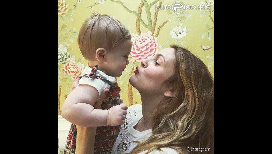 Drew Barrymore a partagé une adorable photo avec sa petite fille Franckie sur son compte Instagram, le 11 février 2015