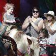 Drew Barrymore et Will Kopelman ont emmené leur petite fille Olive faire du cheval à Studio City, le 25 janvier 2015