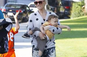 Gwen Stefani : Maman débordée mais stylée avec ses fils Zuma et Apollo