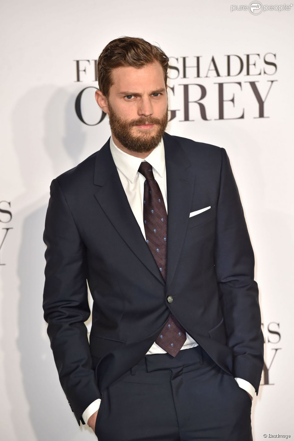 50 shades of grey jamie dornan quittant la franchise sa r ponse. Black Bedroom Furniture Sets. Home Design Ideas