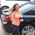 Kelly Brook quitte la salle de sport Equinox à Los Angeles, le jeudi 26 février 2015.