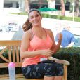 La jolie Kelly Brook quitte la salle de sport Equinox à Los Angeles, le jeudi 26 février 2015.