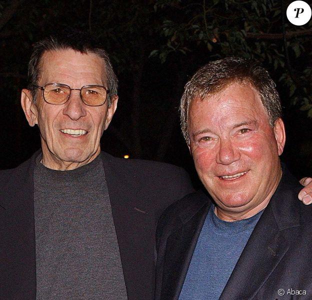 William Shatner et Leonard Nimoy à Los Angeles, le 1er novembre 2001.