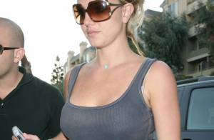 REPORTAGE PHOTOS : Britney Spears, très amincie, refait sa garde-robe !