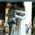 """Exclusif - Dean McDermott va déjeuner avec son ex-femme Mary Jo Eustace au restaurant """"Le Pain Quotidien"""" à Studio City, le 18 février 2015."""