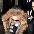 La chanteuse Madonna à la sortie de son hôtel à Paris le 3 mars 2015.