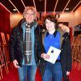 Exclusif - Yves Duteil et sa femme Noëlle au vernissage de l'exposition Barbara,  Trait Pour Trait , du dessinateur Guy Papin au Théâtre Bobino à Paris le 2 mars 2015.