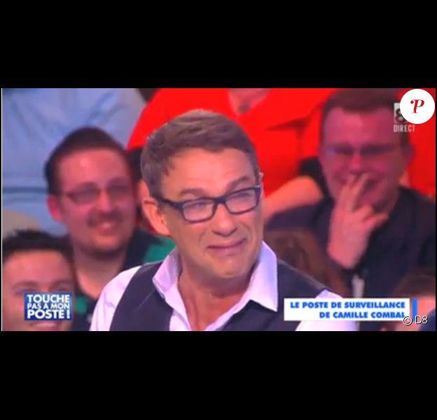 Julien Courbet en plein fou rire pendant Touche pas à mon poste sur D8, le jeudi 12 mars 2015.