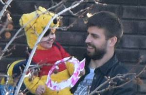 Shakira : Maman comblée, la star joue les profs avec son adorable Milan