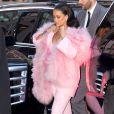 Rihanna arrive dans les studios d'ABC pour prendre part à l'émission Good Morning America. New York, le 13 mars 2015.