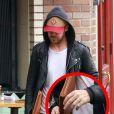 """Ryan Gosling est allé prendre le petit déjeuner chez """"Little Dom"""" à Los Feliz, le 27 février 2015. On peut voir sur ses doigts écrit """"Esme"""", diminutif du prénom de sa fille, Esmeralda."""