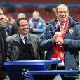 Le prince Albert II de Monaco fou de joie à l'Emirates Stadium à Londres le 25 février 2015 après la victoire de l'ASM contre Arsenal en Ligue des Champions.
