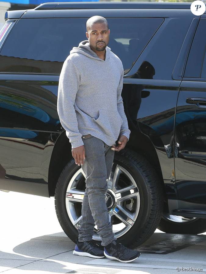 Kanye West à Woodland Hills, Los Angeles, le 19 mars 2015....