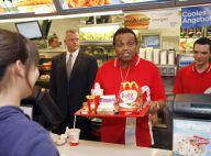 PHOTOS : Le père de Michael Jackson travaille chez McDo !!!