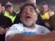 Diego Maradona craque : Gifles et coups de pied après un match... pour la paix