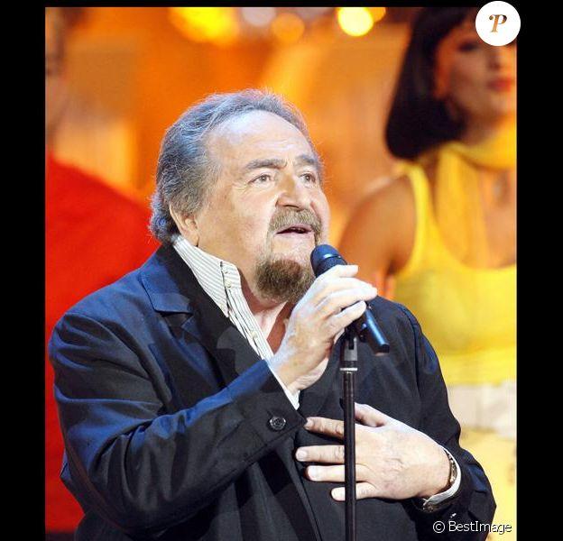 Richard Anthony, en octobre 2008, sur le plateau de l'émission Les Années Bonheur.