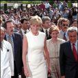 Lady Diana en juin 1997 à Londres lors d'une conférence à la Royal Geographical Society pour la campagne contre les mines anti-personnel.