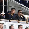 Mory Diaw, Thiago Silva et Zlatan Ibrahimovic assistent au match PSG-Lille lors de la 34ème journée au Parc des Princes à Paris, le 25 avril 2015.