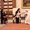 Le pape François a reçu le 27 avril 2015 en audience, au Vatican, la reine Silvia de Suède ainsi que la princesse Madeleine de Suède, son époux Christopher O'Neill et leur fille d'un an la princesse Leonore, en marge d'une conférence sur le trafic d'êtes humains.