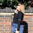 Abbey Clancy, enceinte, sur le chemin de la salle de sport à Londres, le 27 avril 2015