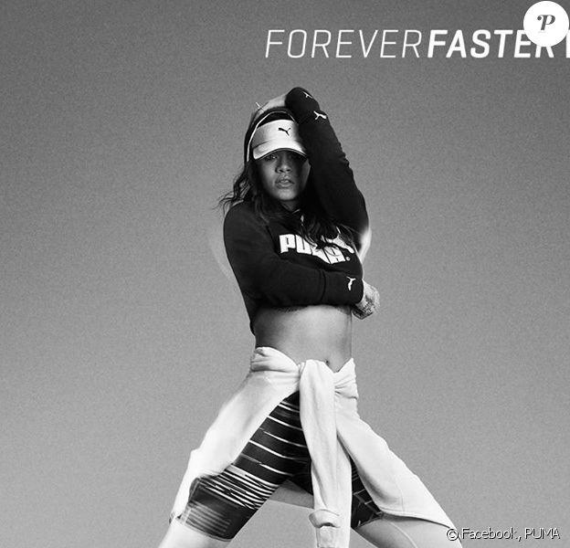 Rihanna arbore un nouveau modèle de la collection Pulse XT de PUMA, pour la campagne Forever Faster de l'équipementier allemand. Avril 2015.
