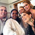 Les L'Oréal Girls, presque prêtes pour leur première montée des marches du Festival de Cannes 2015. Cannes, le 13 mai 2015.