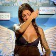 Julia des  Anges 7  quitte l'aventure à cause de sa relation chaotique avec Steven. Episode des  Anges 7  diffusé le 13 mai 2015.