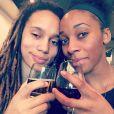 Brittney Griner et Glory Johnson, qui se sont mariées le 8 mai 2015, ont été suspendues sept matchs par la WNBA suite à une affaire de violences conjugales au mois d'avril, quelques jours avant leur union. Photo Instagram du 7 mars 2015