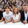"""Louis Garrel, Maïwenn (Maïwenn Le Besco), Emmanuelle Bercot et Vincent Cassel - Photocall du film """"Mon Roi"""" lors du 68e Festival International du Film de Cannes, le 17 mai 2015."""