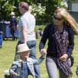 Autumn Phillips avec sa fille Savannah (4 ans) au Royal Windsor Horse Show le 16 mai 2015