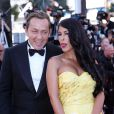 """Ayem Nour et son compagnon Vincent Miclet complices - Montée des marches du film """"Inside Out"""" (Vice-Versa) lors du 68e Festival International du Film de Cannes, le 18 mai 2015."""