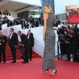 """Karlie Kloss - Montée des marches du film """"Youth"""" lors du 68e Festival de Cannes, le 20 mai 2015."""